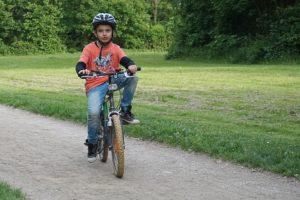 kask-rowerowy-dla-dziecka